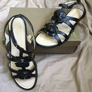 Black Rose Strappy Sandals
